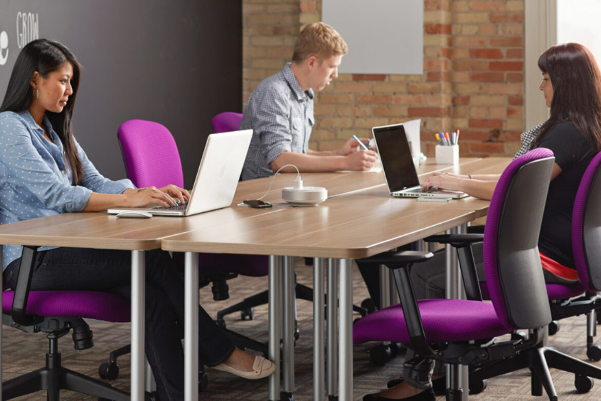 10 Simple Ways to Make Your Office More Inviting