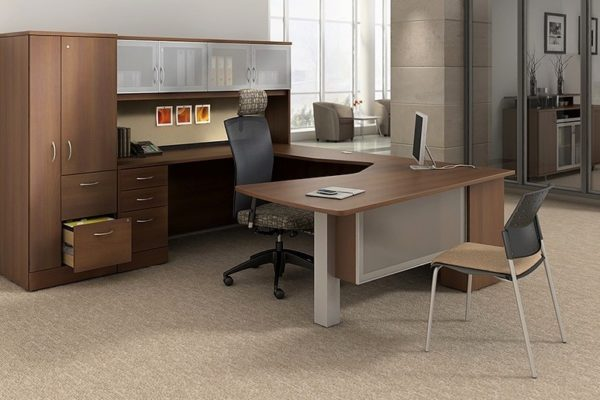 Executive U-Group in natural cherry laminate with glass accents, storage tower, and overhead hutch.